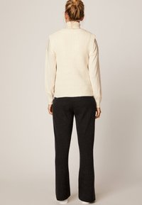 OYSHO - Jumper - white - 2