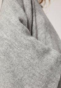 OYSHO - Cape - grey - 5