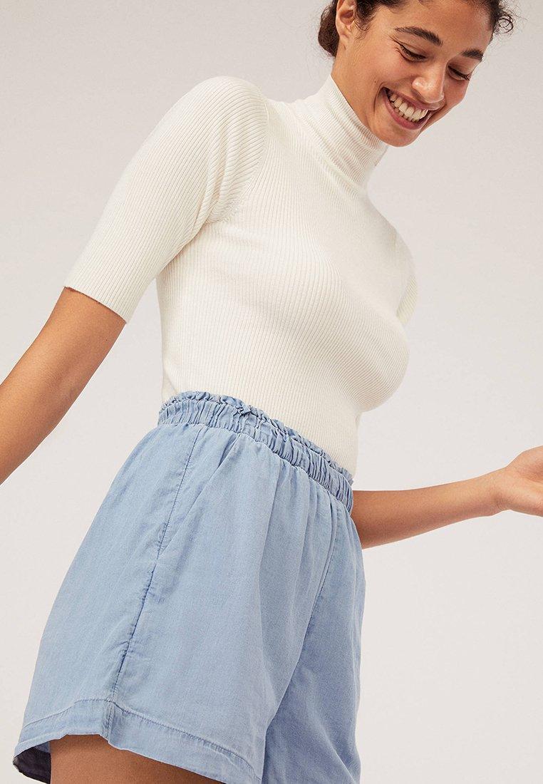 OYSHO - Denim shorts - blue