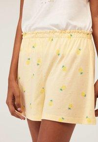 OYSHO - Spodnie od piżamy - yellow - 2
