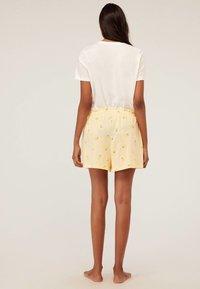 OYSHO - Spodnie od piżamy - yellow - 1