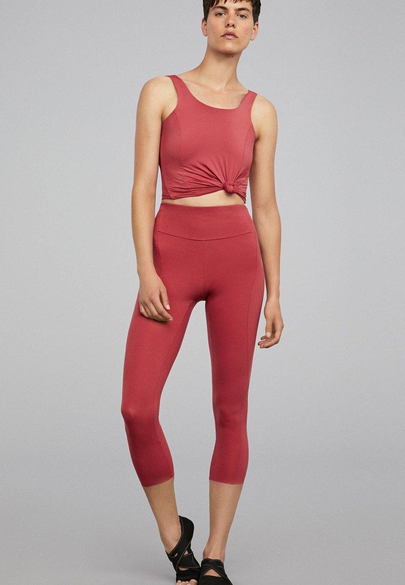 OYSHO_SPORT - T-shirt de sport - rose