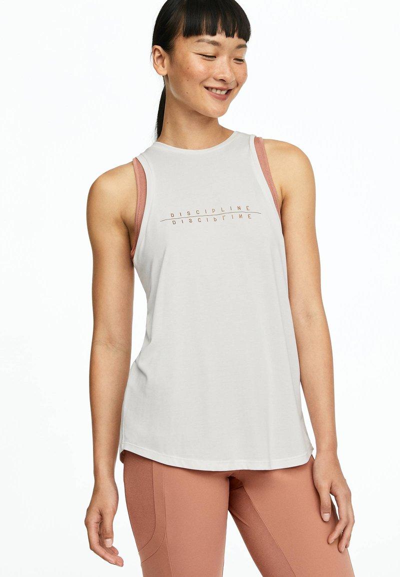 OYSHO_SPORT - Sports shirt - white