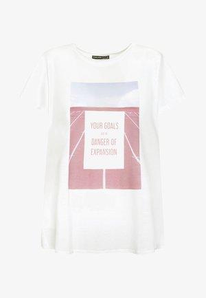 MIT AUFSCHRIFT - Print T-shirt - white