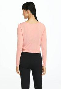 OYSHO_SPORT - Long sleeved top - rose - 2