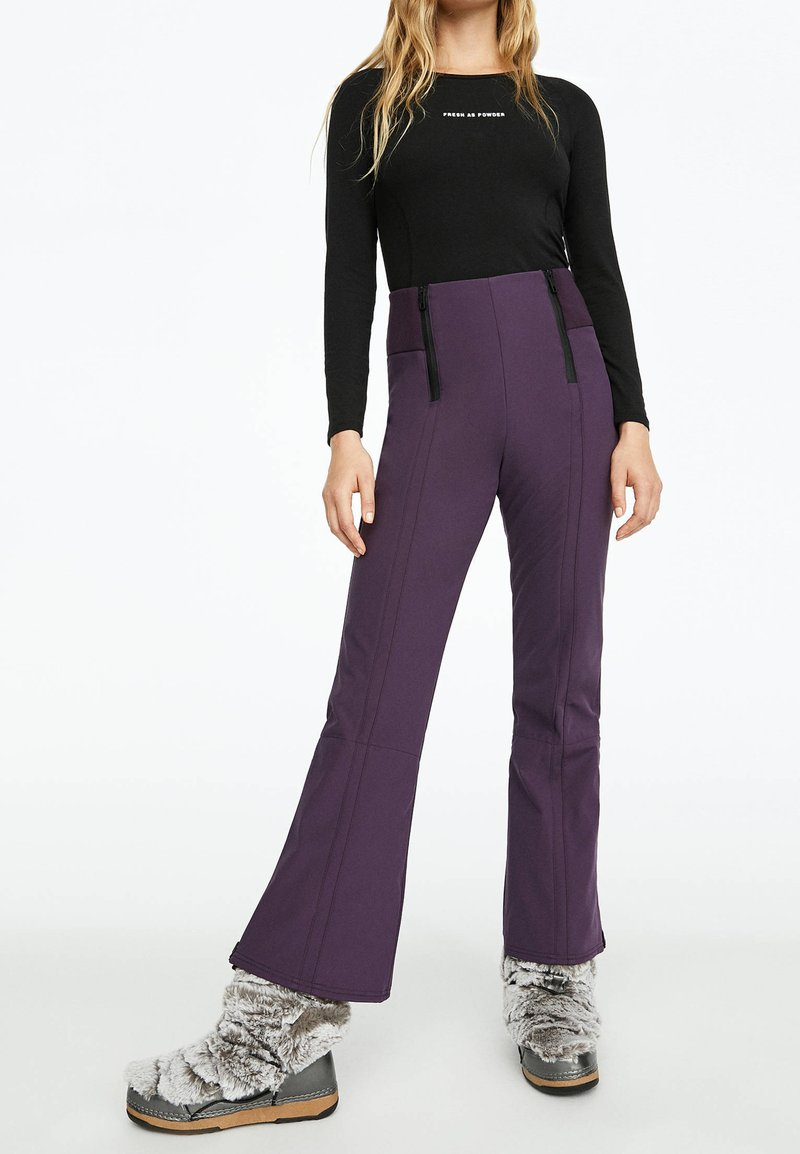 OYSHO_SPORT - MIT REISSVERSCHLÜSSEN - Pantalon de ski - dark purple