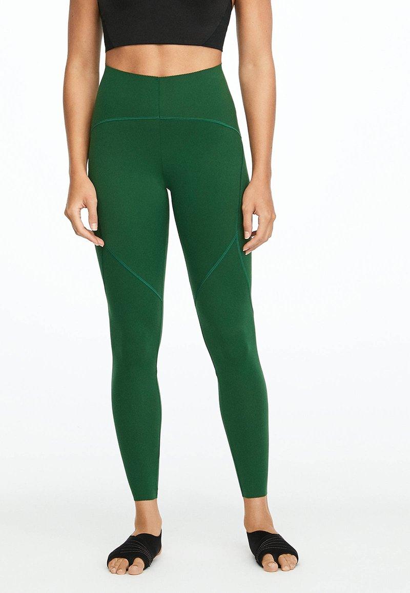 OYSHO_SPORT - Collants - green