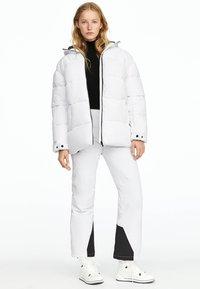 OYSHO - Veste d'hiver - white - 1