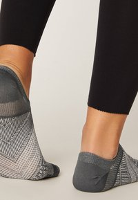 OYSHO - 3 PACK - Socquettes - pink - 6