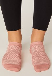 OYSHO - 3 PACK - Socquettes - pink - 2