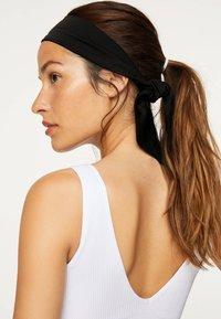 OYSHO - Akcesoria do stylizacji włosów - black - 1