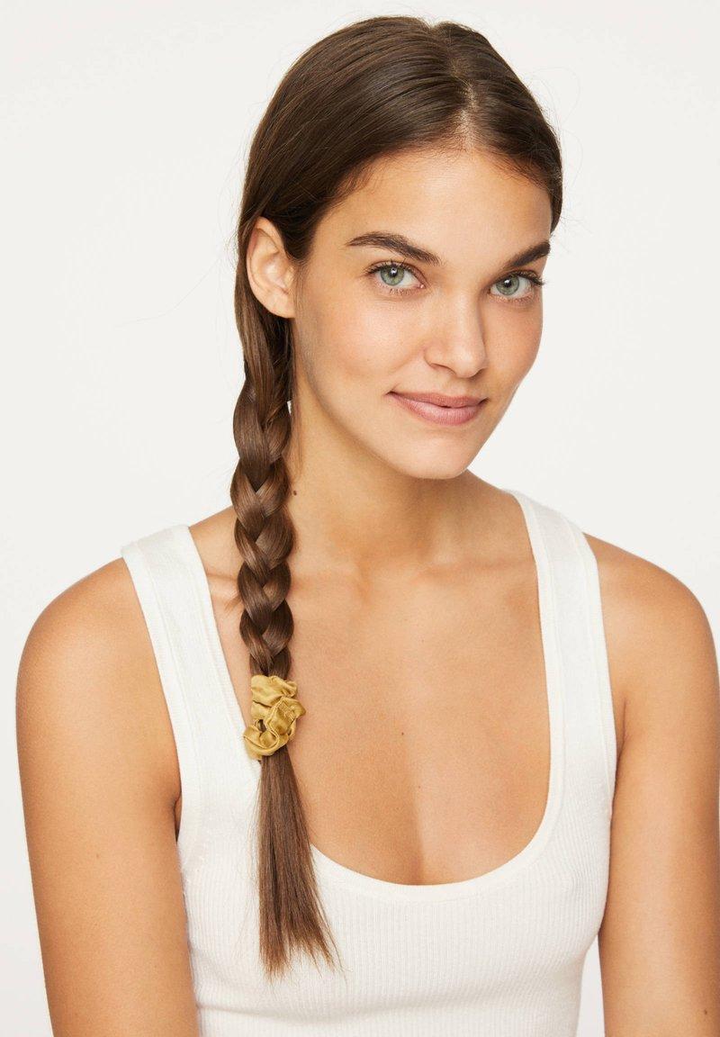 OYSHO - Akcesoria do stylizacji włosów - brown