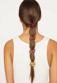 OYSHO - Akcesoria do stylizacji włosów - brown - 2