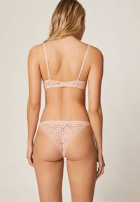 OYSHO - Push-up BH - rose