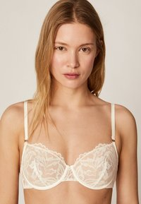 OYSHO - Underwired bra - white - 0