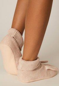 OYSHO - Socks - rose - 2
