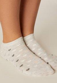 OYSHO - 5 PACK - Sportovní ponožky - white - 5