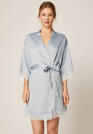 MORGENMANTEL AUS SATIN MIT SPITZE 30791204 - Dressing gown - light blue