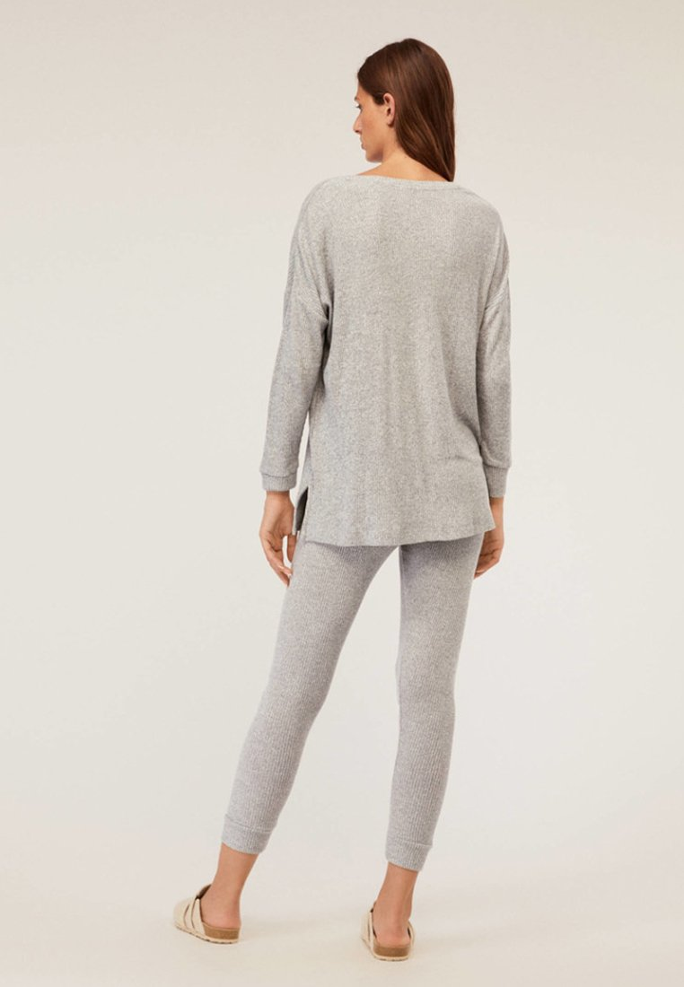 De RippdetailsBas Pyjama Mit Light Oysho Grey qSVMjpzGLU