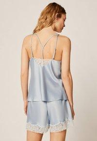 OYSHO - mit Spitze - Pantaloni del pigiama - light blue - 2