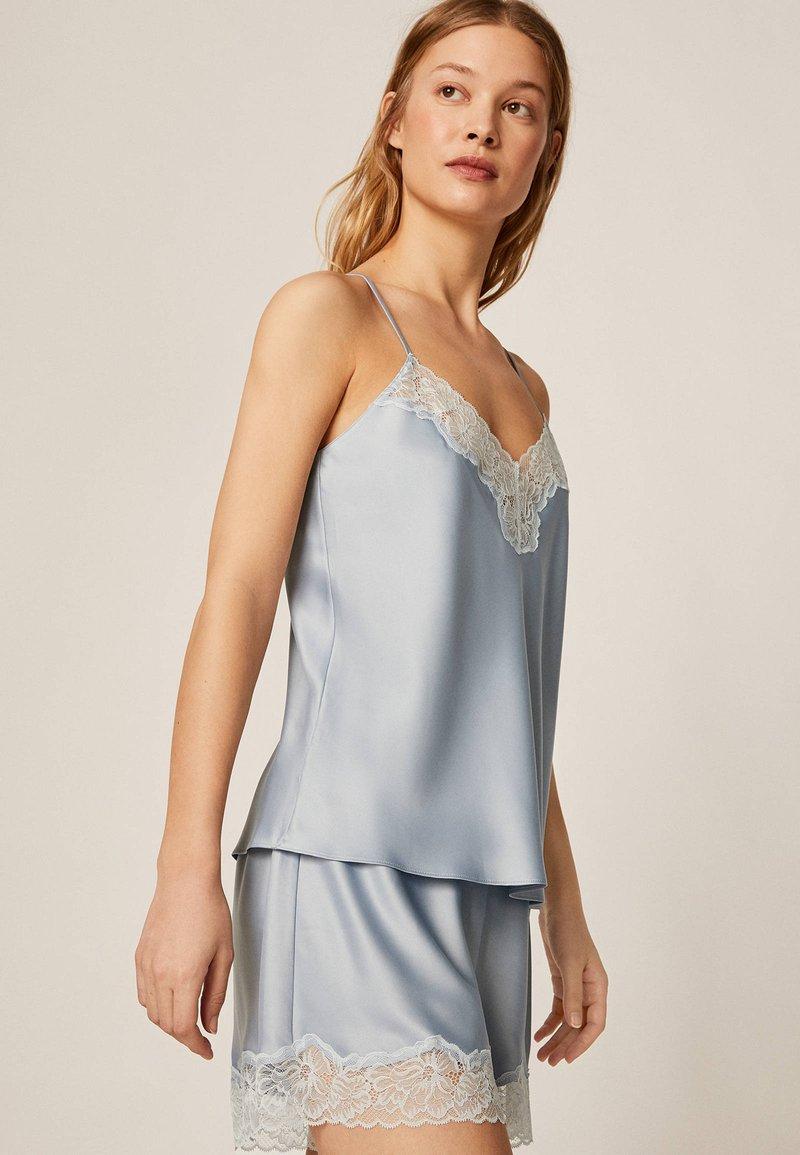 OYSHO - mit Spitze - Pantaloni del pigiama - light blue