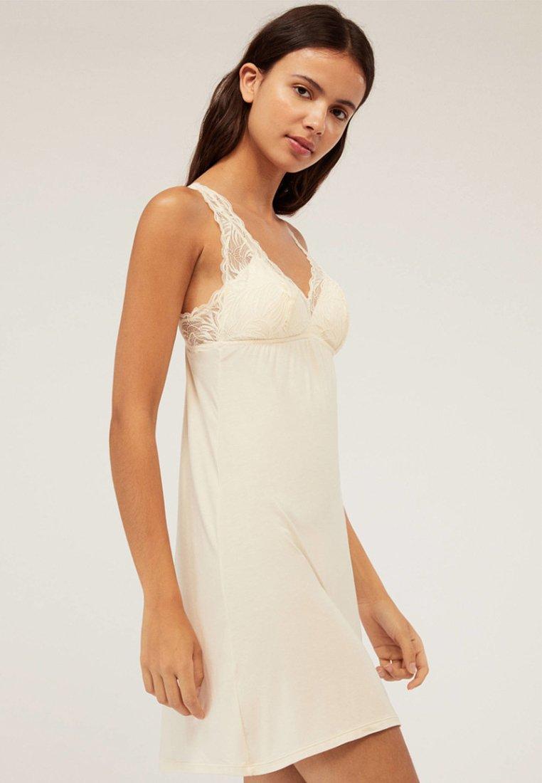 OYSHO - Nachthemd - white
