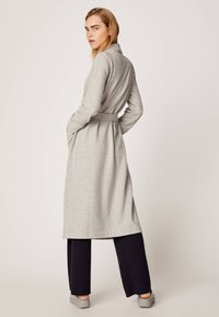 OYSHO - Dressing gown - light grey - 2