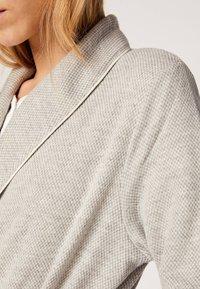 OYSHO - Dressing gown - light grey - 5