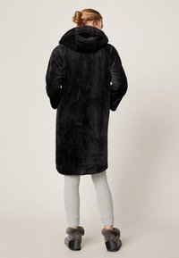OYSHO - Dressing gown - black - 2