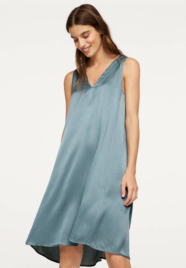 GRÜNES NACHTHEMD 30272199 - Sukienka letnia - blue