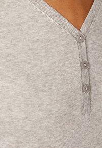 OYSHO - APPAREL - Langærmede T-shirts - light grey - 4