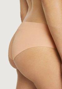 OYSHO - HIPSTER - Kalhotky - nude - 4
