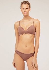 OYSHO - JOIN LIFE - Briefs - brown - 0