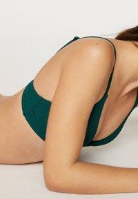 OYSHO - 30733139 - Bikinibroekje - evergreen - 3