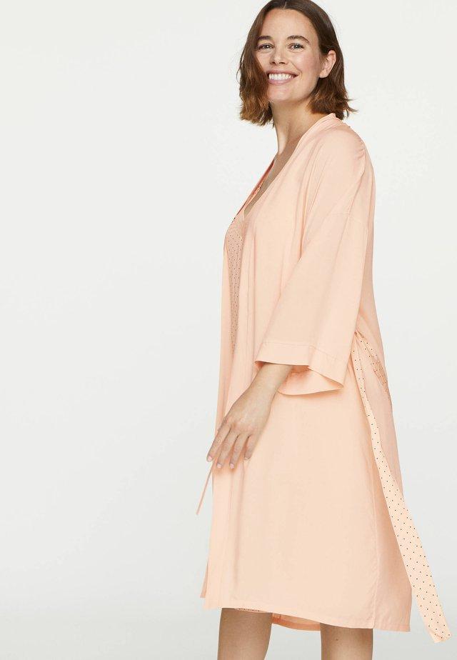 Peignoir - rose