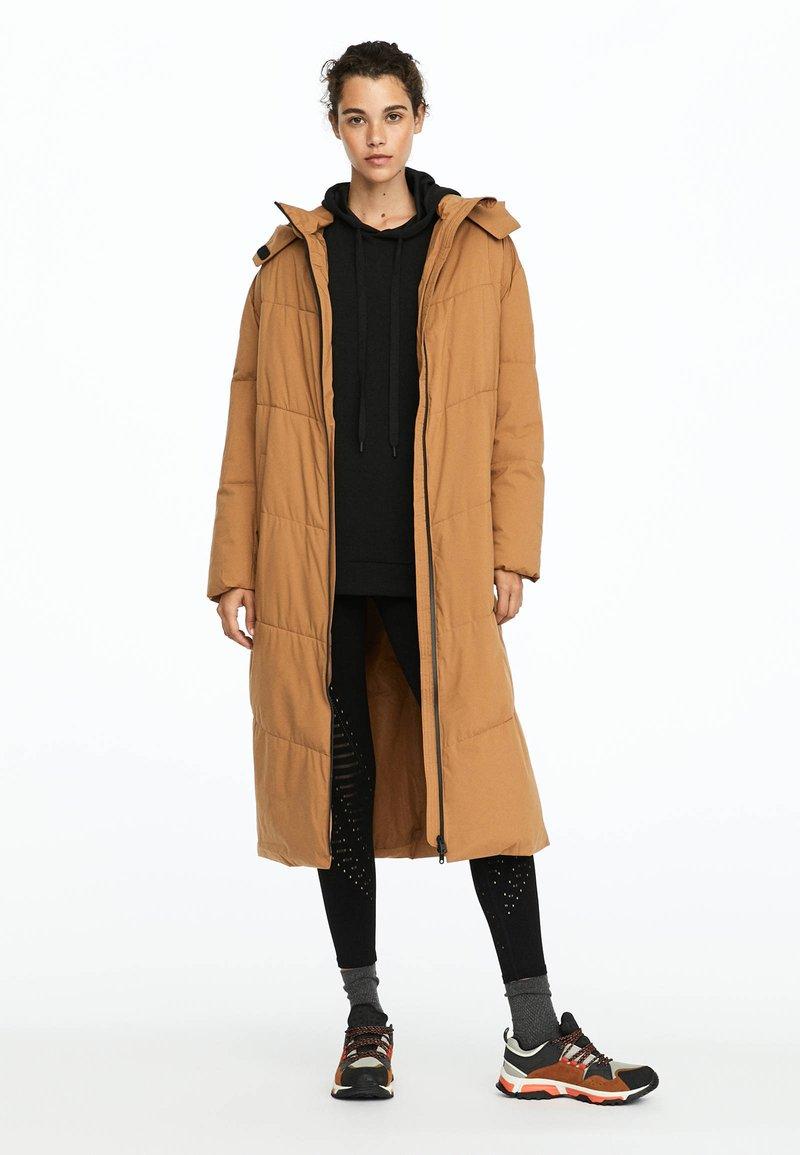 OYSHO_SPORT - Winter coat - brown