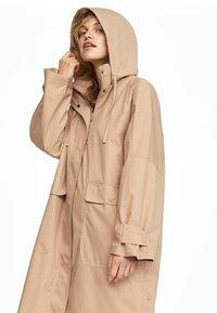 OYSHO - Trenchcoat - beige - 3