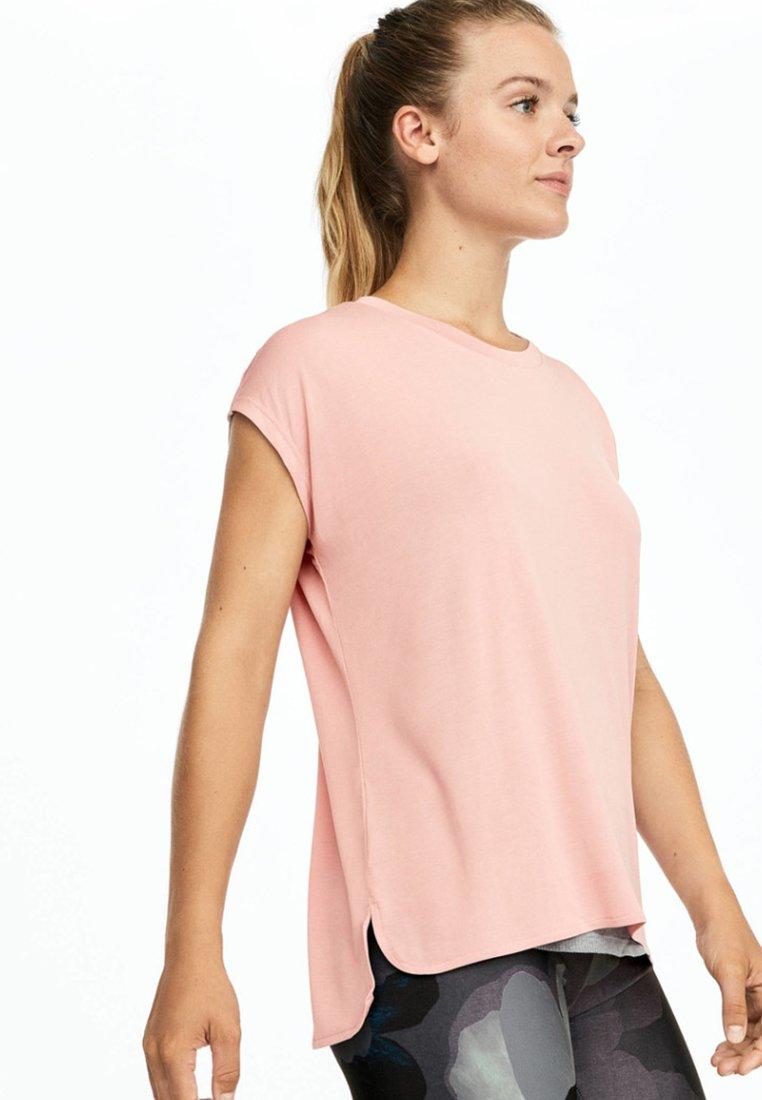 OYSHO_SPORT - Print T-shirt - rose