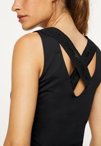 OYSHO_SPORT - Top - black - 3