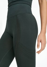 OYSHO_SPORT - Collants - evergreen - 2