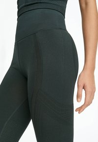 OYSHO_SPORT - Collants - evergreen - 5