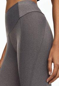 OYSHO_SPORT - Leggings - light grey - 5