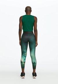 OYSHO_SPORT - Leggings - green - 1