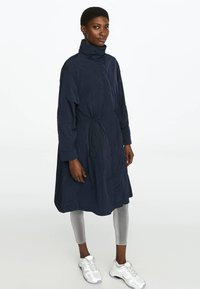 OYSHO_SPORT - WATER-REPELLENT WINDBREAKER 31776222 - Parka - dark blue - 0