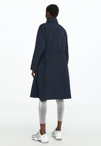OYSHO_SPORT - WATER-REPELLENT WINDBREAKER 31776222 - Parka - dark blue - 2
