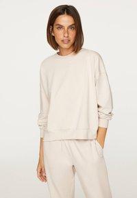 OYSHO_SPORT - Sweatshirt - beige - 0