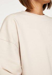 OYSHO_SPORT - Sweatshirt - beige - 4