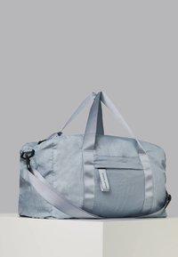OYSHO_SPORT - Weekend bag - blue - 2