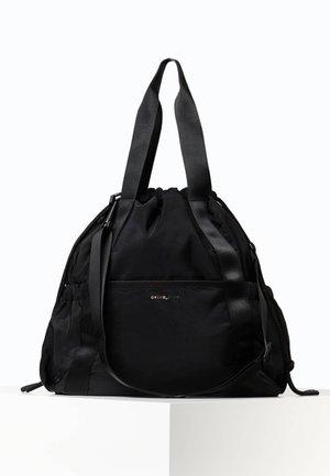 GERAFFTE SPORTTASCHE  - Sportovní taška - black