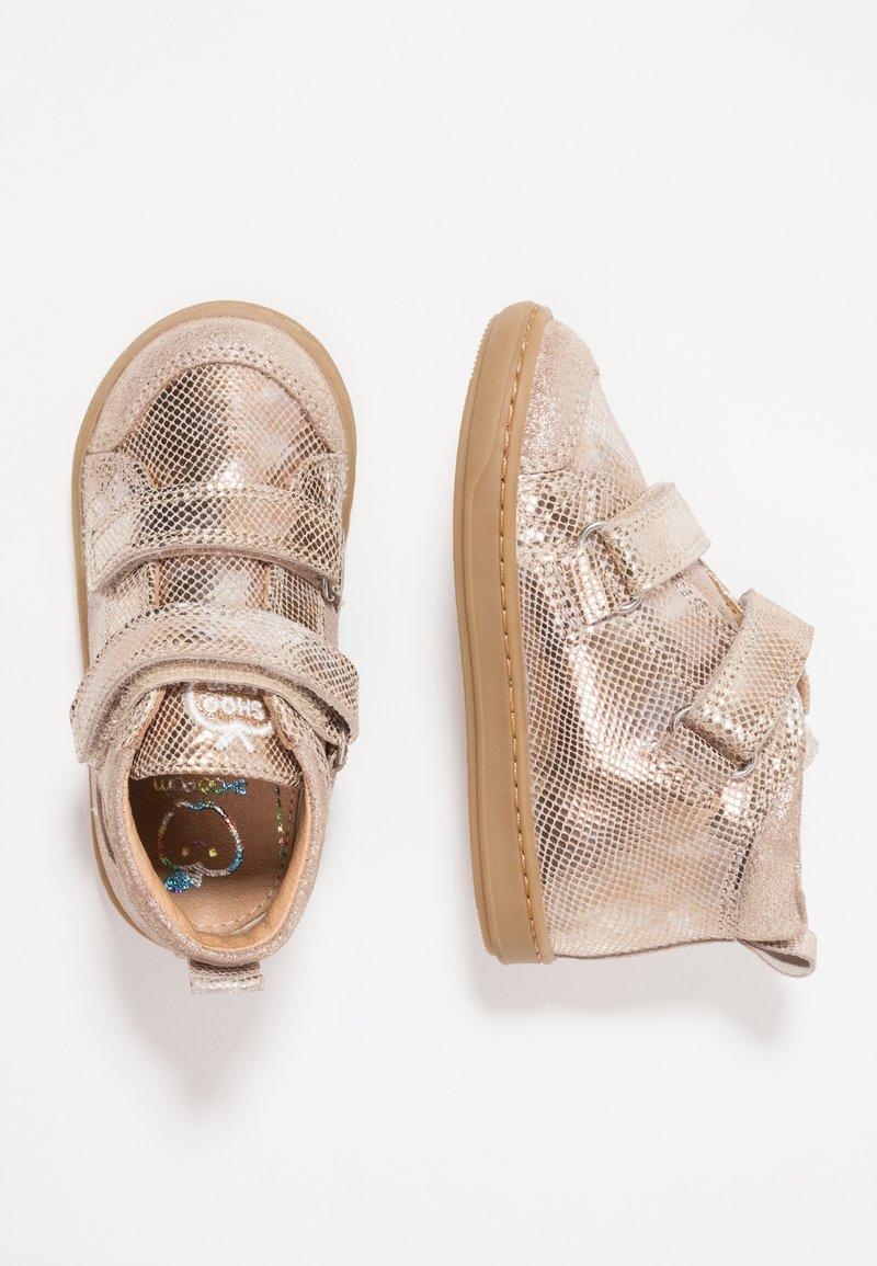 Shoo Pom - BOUBA BI SCRATCH - Baby shoes - platine